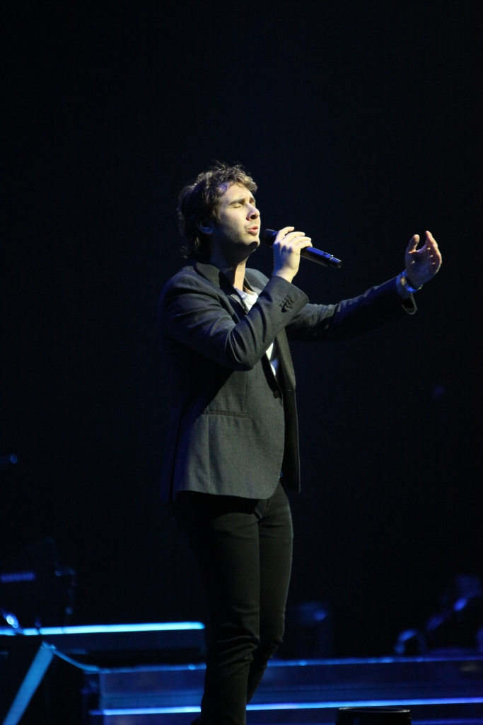 In the Round Tour Toyota Center, Houston November 12, 2013 Taken by Wylde Soul Photography